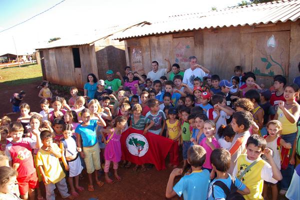 Escolas Itinerantes completam 10 anos de luta pela educação no Paraná