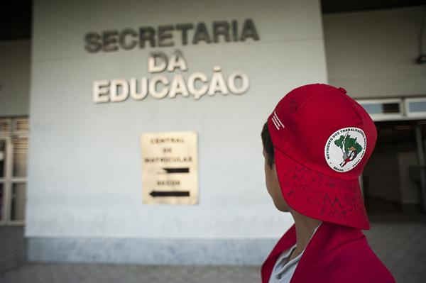 Sem Terrinha ocupam Secretaria de Educação do Rio Grande do Sul