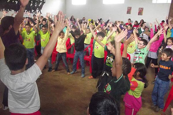 Em Itapeva, Sem Terrinha reivindicam melhorias nas escolas