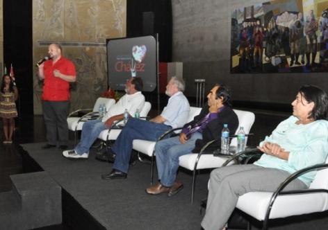 """Ato em SP inaugura campanha """"Por aqui passou Hugo Chávez"""""""