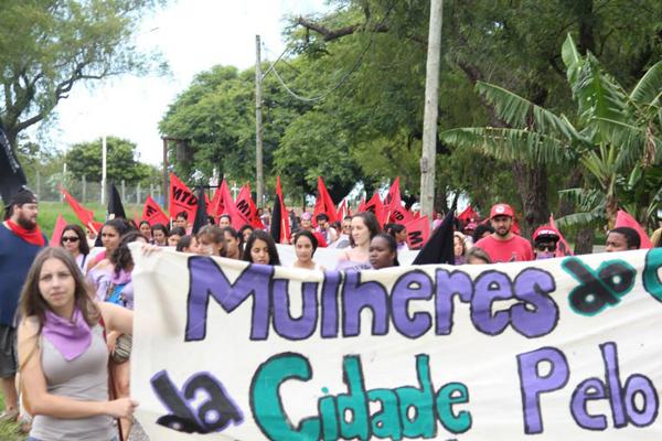 Mais de 3 mil mulheres do campo e da cidade realizam ações por todo RS