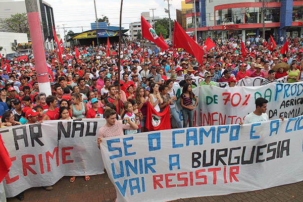 Mais de 11 mil se mobilizam no Paraná e conquistam avanços significativos
