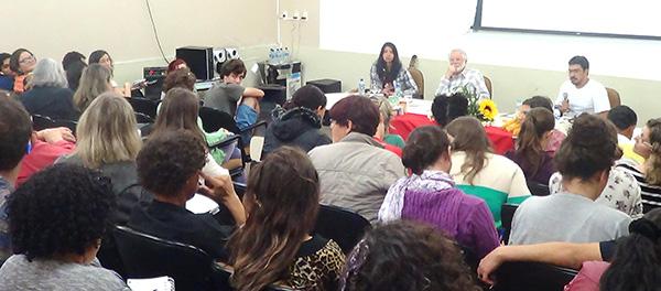 Seminário na Universidade de SC debate arte e política no campo