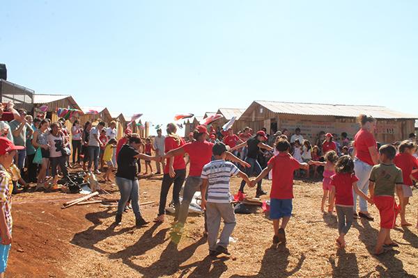 Sem Terra inauguram Escola Itinerante para atender 590 estudantes acampados