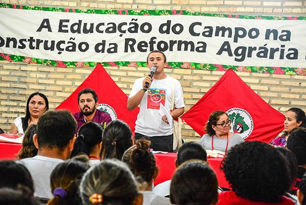 Cerca de 300 pessoas participam do Encontro de Educação do Campo no CE