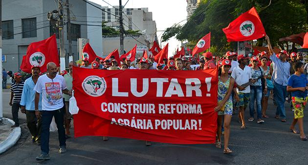 Sem Terra marcham em Maceió contra a violência e a impunidade