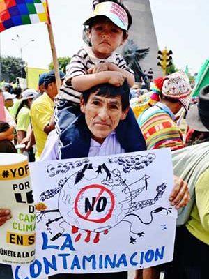 Cerca de 10 mil marcham contra as mentiras da COP 20 no Peru