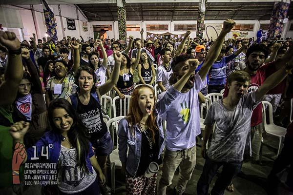 Jovens debatem a chacina do Capital contra a juventude