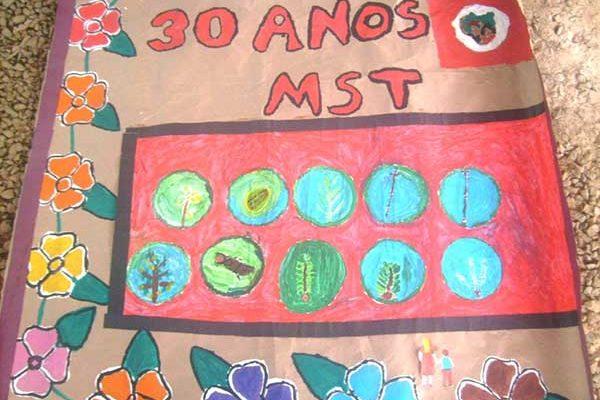 Na Bahia, escolas da Reforma Agrária homenageiam os 30 anos do MST