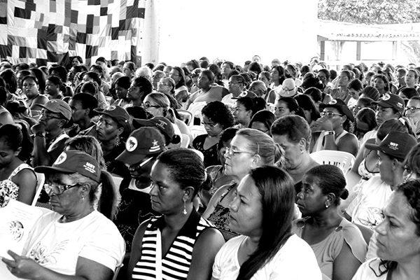 Mulheres Sem Terra estudam e planejam ações em Seminário de Integração