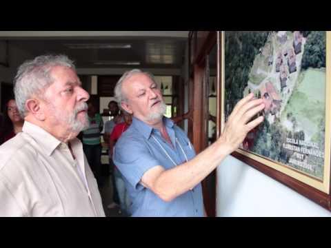 Em visita a ENFF, Lula destaca a importância da formação política