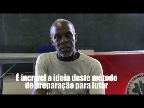 Ator Danny Glover visita a Escola Nacional Florestan Fernandes