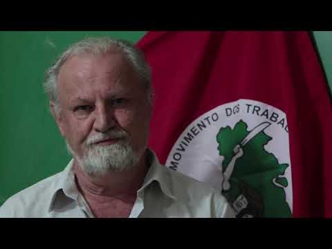João Pedro Stedile parabeniza o ex-presidente Lula pelo seu aniversário