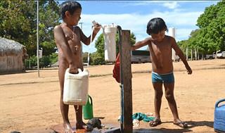 Cercada por latifúndios, população xavante resiste, mas exige políticas públicas