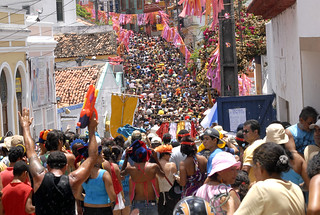 No carnaval de Olinda, MST homenageia a solidariedade do povo cubano