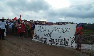 Centenas de camponesas ocupam o Engenho da Usina Giasa e sede do Incra, na Paraíba
