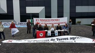 MST participa de ação dos Atingidos pela Vale na Suiça