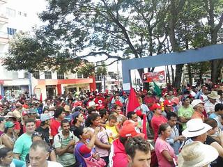 Movimentos sociais do Paraná trancam mais de 10 rodovias no estado