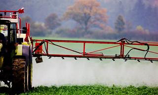 Dossiê Abrasco: o grito contra o silêncio opressivo do agronegócio