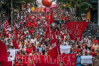 Movimentos realizam plenárias por todo Brasil para fortalecer as mobilizações