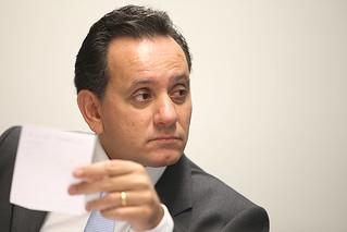 STF abre investigação contra presidente de comissão da PEC 215
