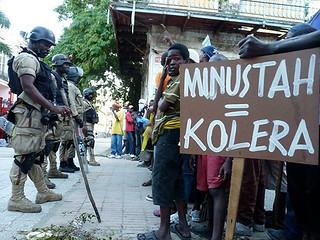 Governo promete retirada das tropas brasileiras do Haiti até o final de 2016