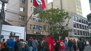 Sem Terra ocupam Incra em Curitiba