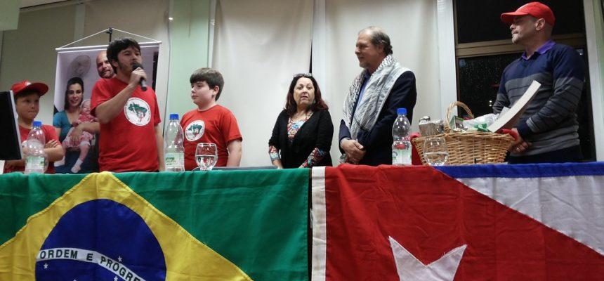 Sem Terrinha homenageiam um dos 5 heróis cubanos