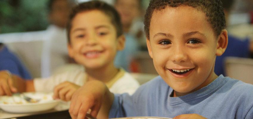 Alimentação escolar recebe 650 toneladas de feijão da Reforma Agrária, em SP