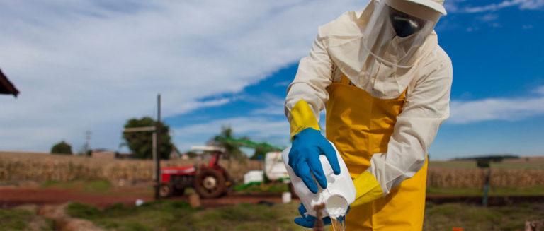 Governo contraria a lei e libera agrotóxico mais nocivo à saúde