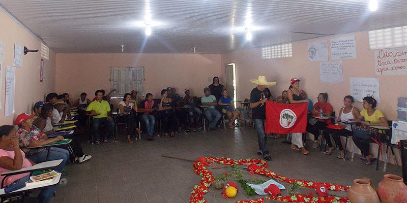 Em Sergipe, Sem Terra debatem os desafios da organização política