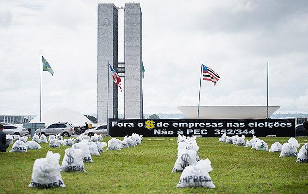 74% dos brasileiros são contra financiamento empresarial de campanhas