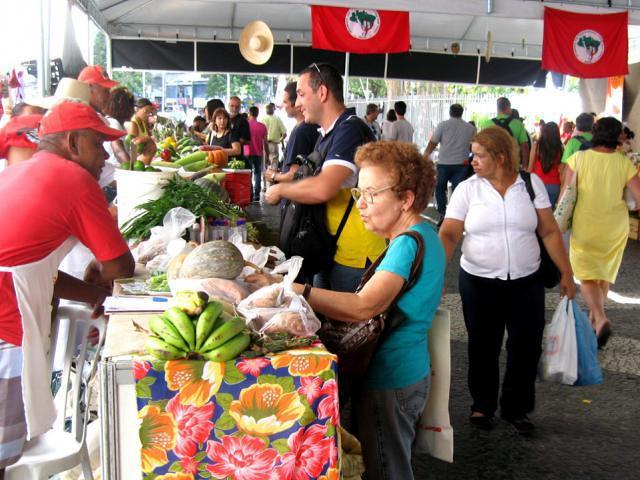MST participa de Feira Latino-americana de Economia Solidária no RS