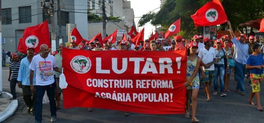 Movimentos do campo saem às ruas de Maceió para cobrar Reforma Agrária