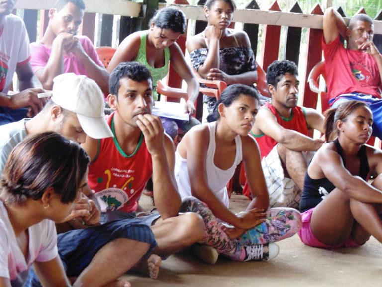 Juventude Sem Terra planeja lutas em defesa da Reforma Agrária na Bahia