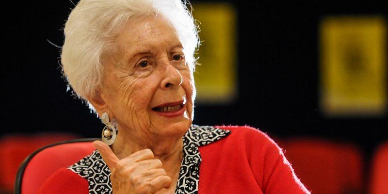 Movimentos populares e militantes saúdam os 90 anos de Clara Charf