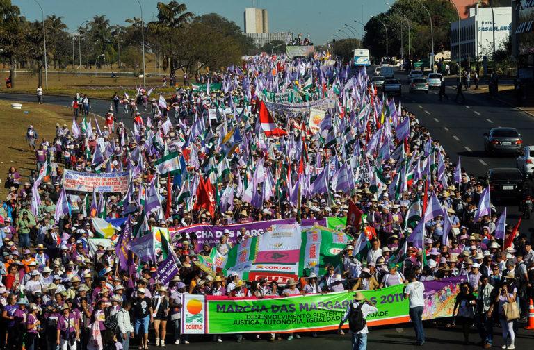 Marcha das Margaridas quer compromisso de Dilma no combate aos agrotóxicos