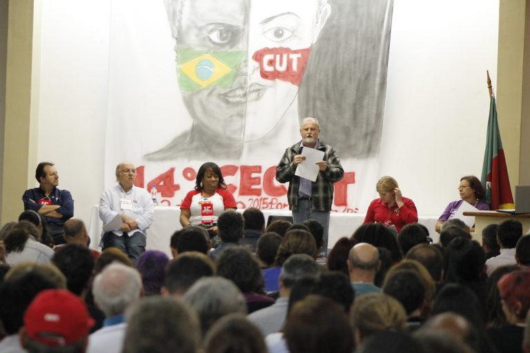 Dirigente do MST defende programa unitário para tirar país das crises
