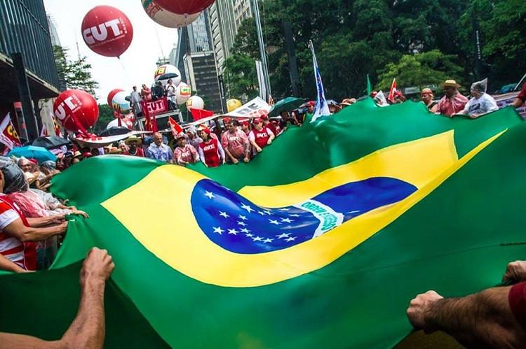 Manifestações do dia 20 podem ampliar diálogo de movimento social com população