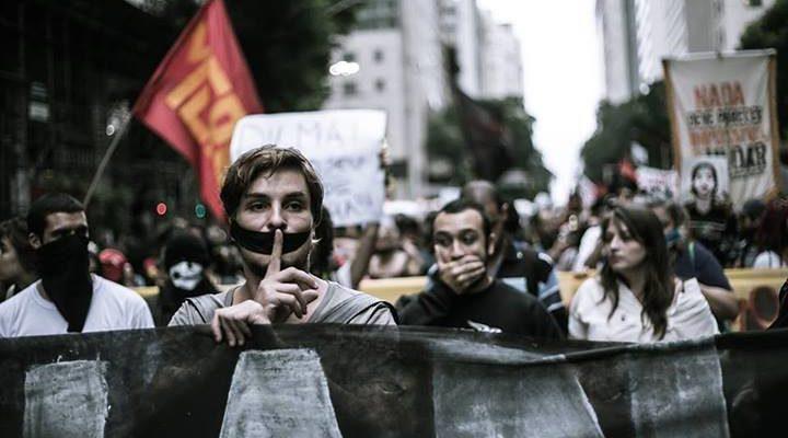 Manifestações públicas de protesto não são terrorismo