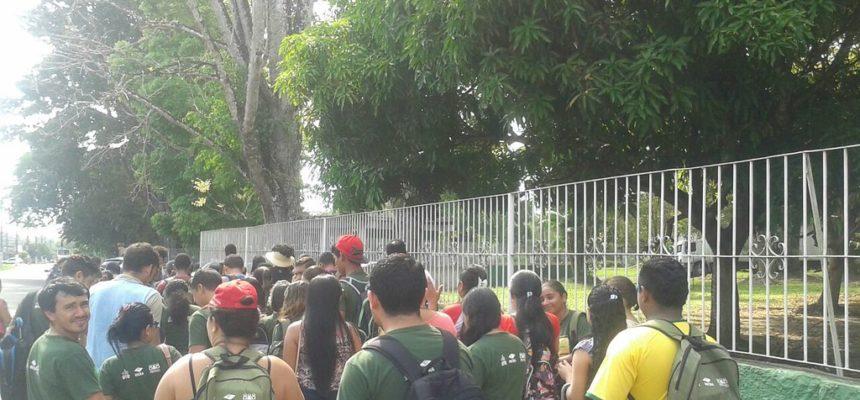 Alunos do Pronera protestam contra falta de verba no Pará