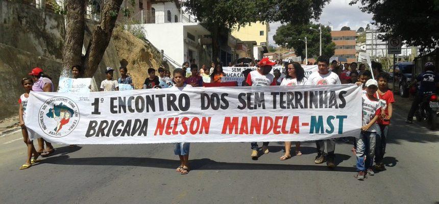 Na Bahia, Sem Terrinha saem às ruas em defesa da educação no campo