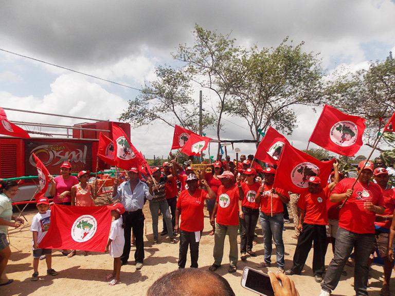 Famílias Sem terra festejam emissão de posse em Sergipe