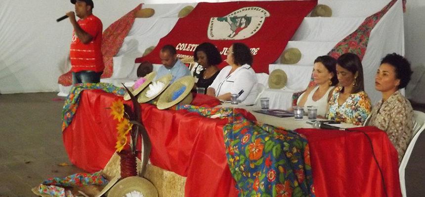 Identidade camponesa dá o tom da abertura do Encontro de Educadores na Bahia