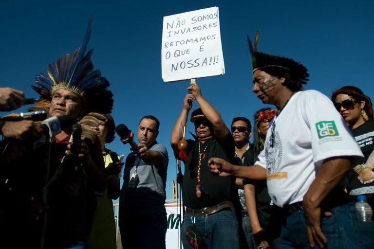 a questão indígena é um barril de pólvora prestes a explodir