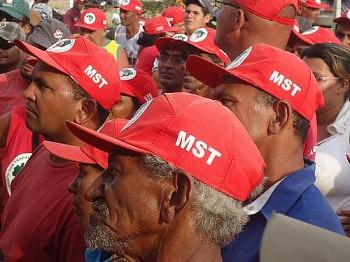 Sem Terra se mobilizam em Arapiraca para denunciar especulação imobiliária