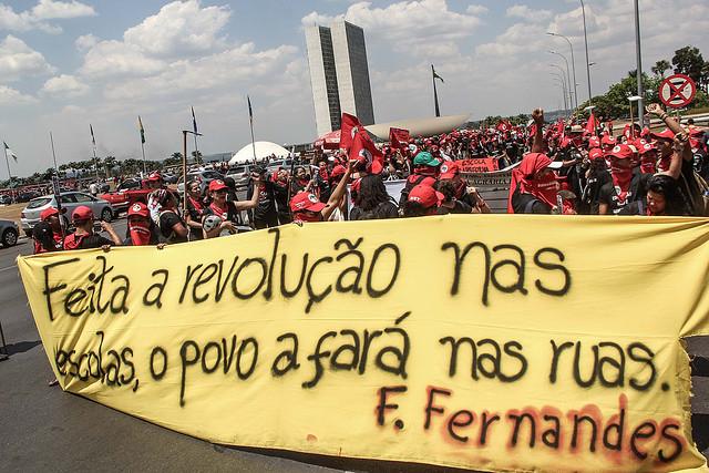 educadores da Reforma Agrária marcham por uma educação pública e de qualidade