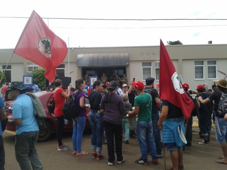 Sem Terra marcham em Santa Catarina