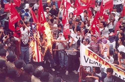 Movimentos populares latino-americanos lembram dez anos da derrota da Alca