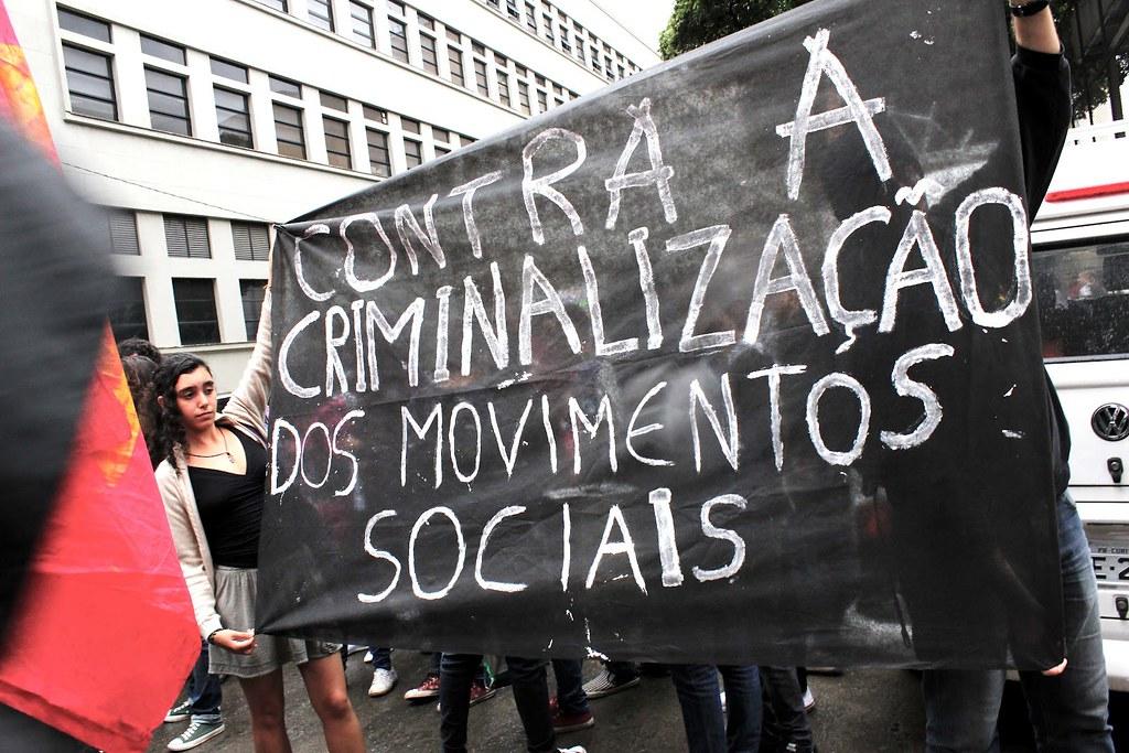 criminalizacao-dos-movimentos-sociais.jpg